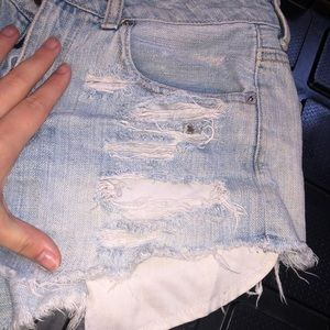 Cropped high waisted shorts